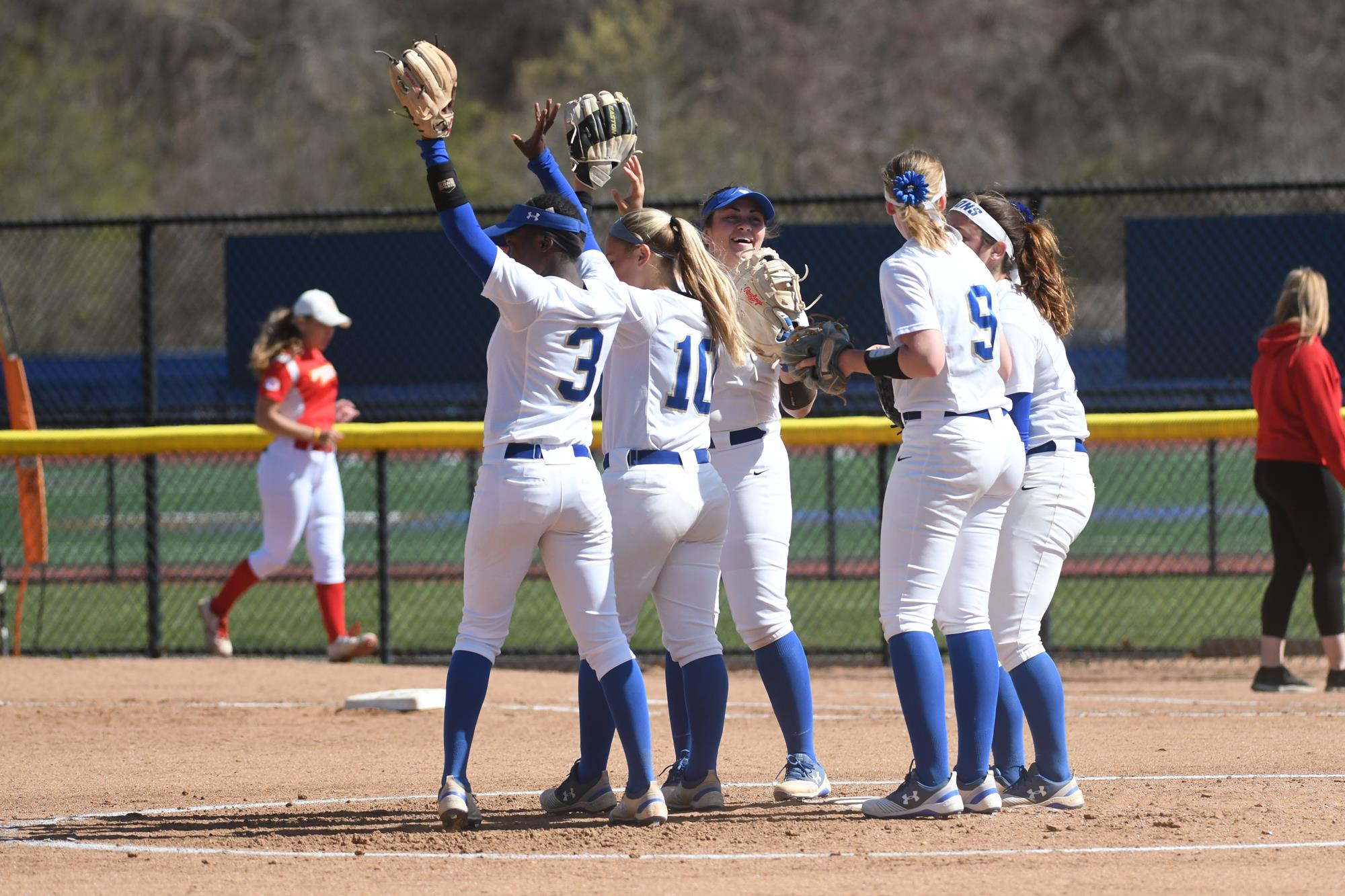 Georgian Court Predicted Third Overall in 2019 CACC Softball